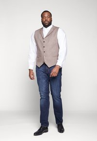 Shelby & Sons - CRANBROOK WAISTCOAT  - Vesta - light brown - 1