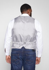 Shelby & Sons - SIDCUP WAISTCOAT PLUS - Vesta - charcoal - 2