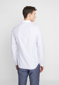 Shelby & Sons - FOWLEY SHIRT - Camisa - white - 2