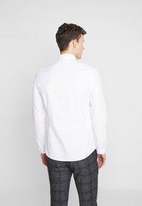 Shelby & Sons - FORDWICH SHIRT - Koszula biznesowa - white - 2