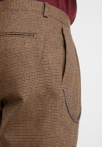 Shelby & Sons - TURN-UP  - Pantaloni - brown - 3