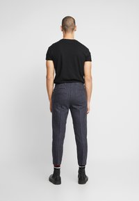 Shelby & Sons - BRIGG TROUSER - Trousers - navy - 2