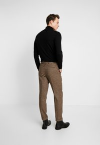 Shelby & Sons - KNIGHTON TROUSER - Pantaloni - brown - 2