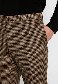 Shelby & Sons - KNIGHTON TROUSER - Pantaloni - brown - 3