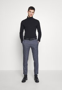 Shelby & Sons - AMBROSE TROUSER - Trousers - navy - 1
