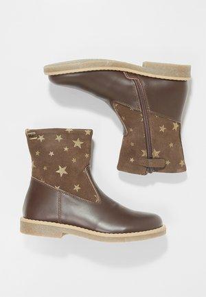 Kotníkové boty - moro