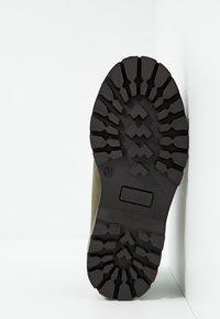 shoeb76 - Snørestøvletter - kaki - 5