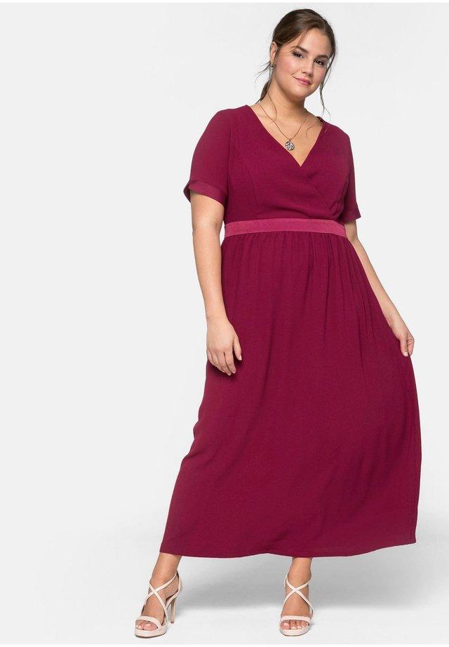 Korte jurk - berry