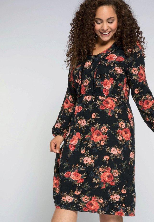 BY JOE BROWNS - Jersey dress - schwarz bedruckt