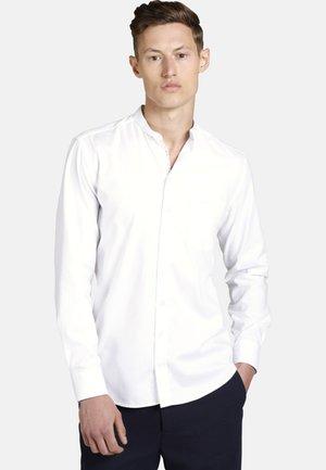 MILKSHAKEBOY - Shirt - white