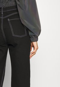 Sixth June - CROPPED IRIDESCENT JACKET - Sportovní bunda - black - 6