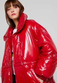 Sixth June - LONG PUFFER  WITH OVERSIZE COLLAR - Winter coat - red