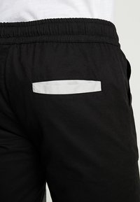Sixth June - JOGGER MULTIPOCKET - Bojówki - black - 5