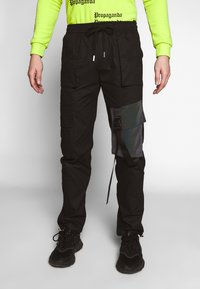 Sixth June - TACTICAL PANTS WITH IRIDESCENT POCKET - Cargobyxor - black - 0