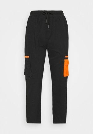 PANT WITH REFLECTIVE POCKETS - Cargobroek - black