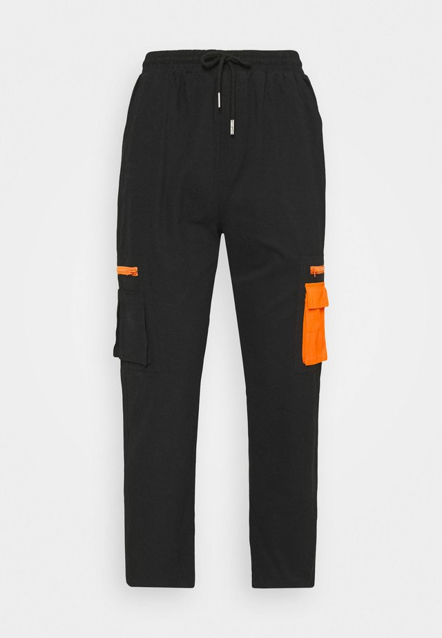 PANT WITH REFLECTIVE POCKETS - Cargobukser - black
