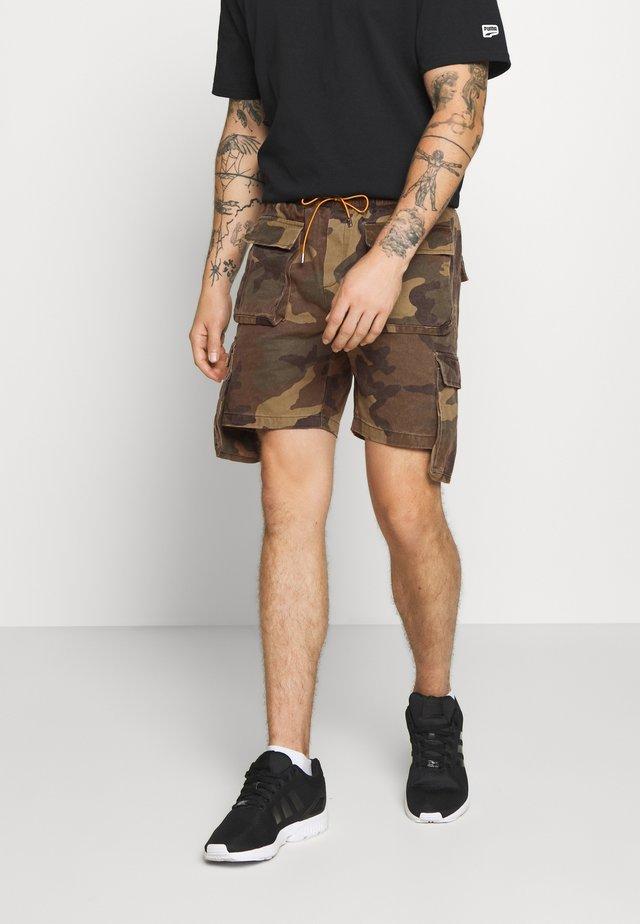 CAMO UTILITY - Denim shorts - khaki