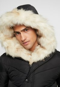 Sixth June - WITH FUR ALL AROUND - Parka - black - 4