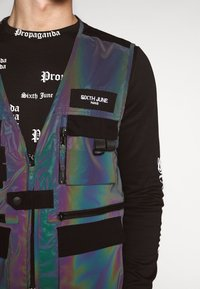 Sixth June - IRIDESCENT UTILITY VEST - Väst - black - 4