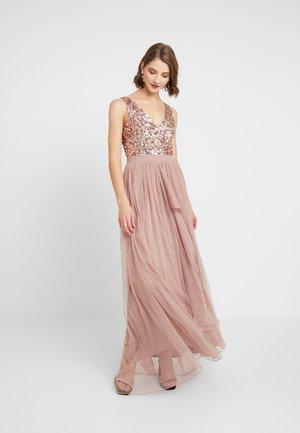 YASMIN - Společenské šaty - rose gold