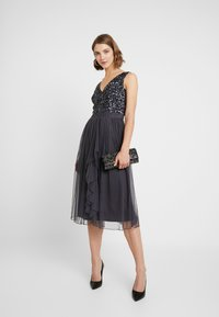 Sista Glam - MELODY - Cocktailjurk - charcoal - 2