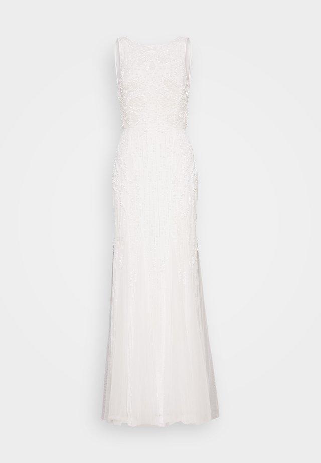 GRACE - Suknia balowa - white