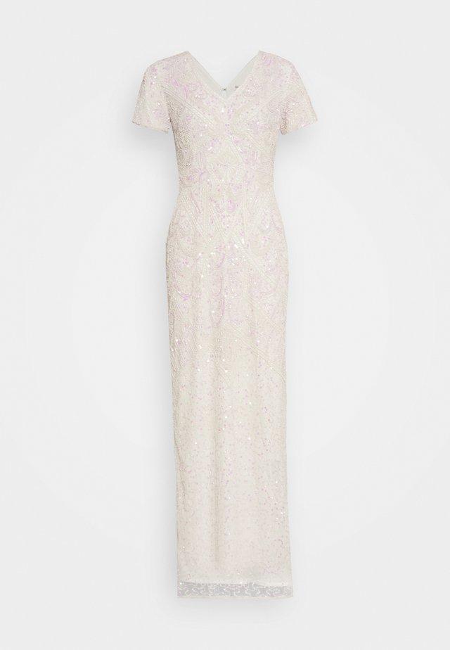 CHERRY - Suknia balowa - white