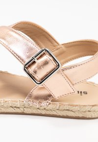 Simply Be - WIDE FIT  - Sandalen - rose gold metallic - 2