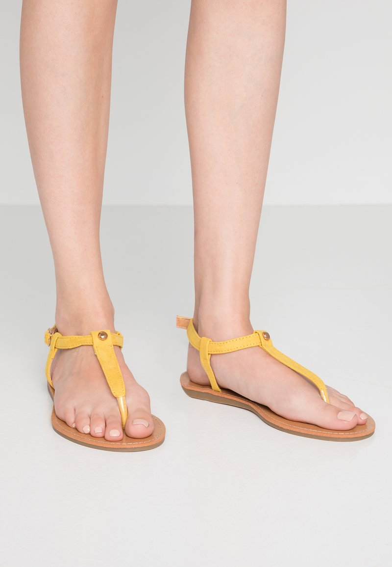 Simply Be - WIDE FIT VALERIE BASIC TOEPOST - T-bar sandals - yellow