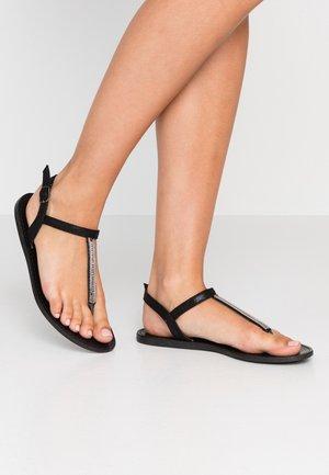 WIDE FIT SKYLER EMBELLISHED TOEPOST - T-bar sandals - black
