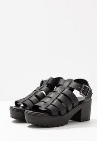 Simply Be - WIDE FIT WILLOW CHUNKY CAGE - Platåsandaler - black - 4