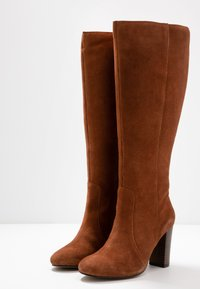 Simply Be - WIDE FIT LANI BLOCK KNEE HIGH BOOTS - High heeled boots - tan - 4