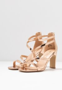 Simply Be - WIDE FIT STEPH SLIM HEEL STRAPPY - Sandals - rose gold - 4