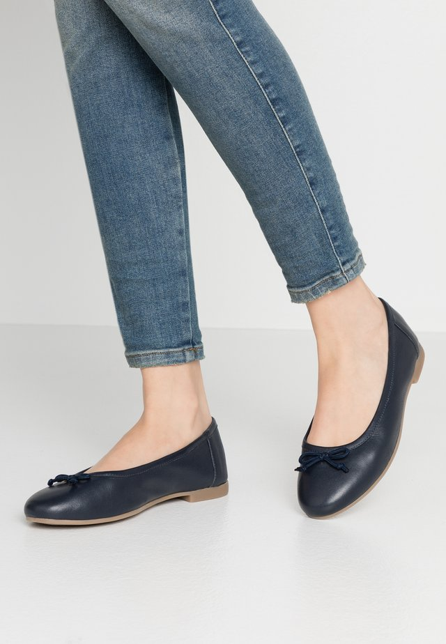WIDE FIT  - Baleríny - navy