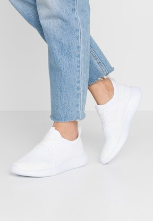 WIDE FIT CARDI - Trainers - white