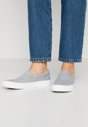 WIDE FIT PIA - Slip-ons - grey