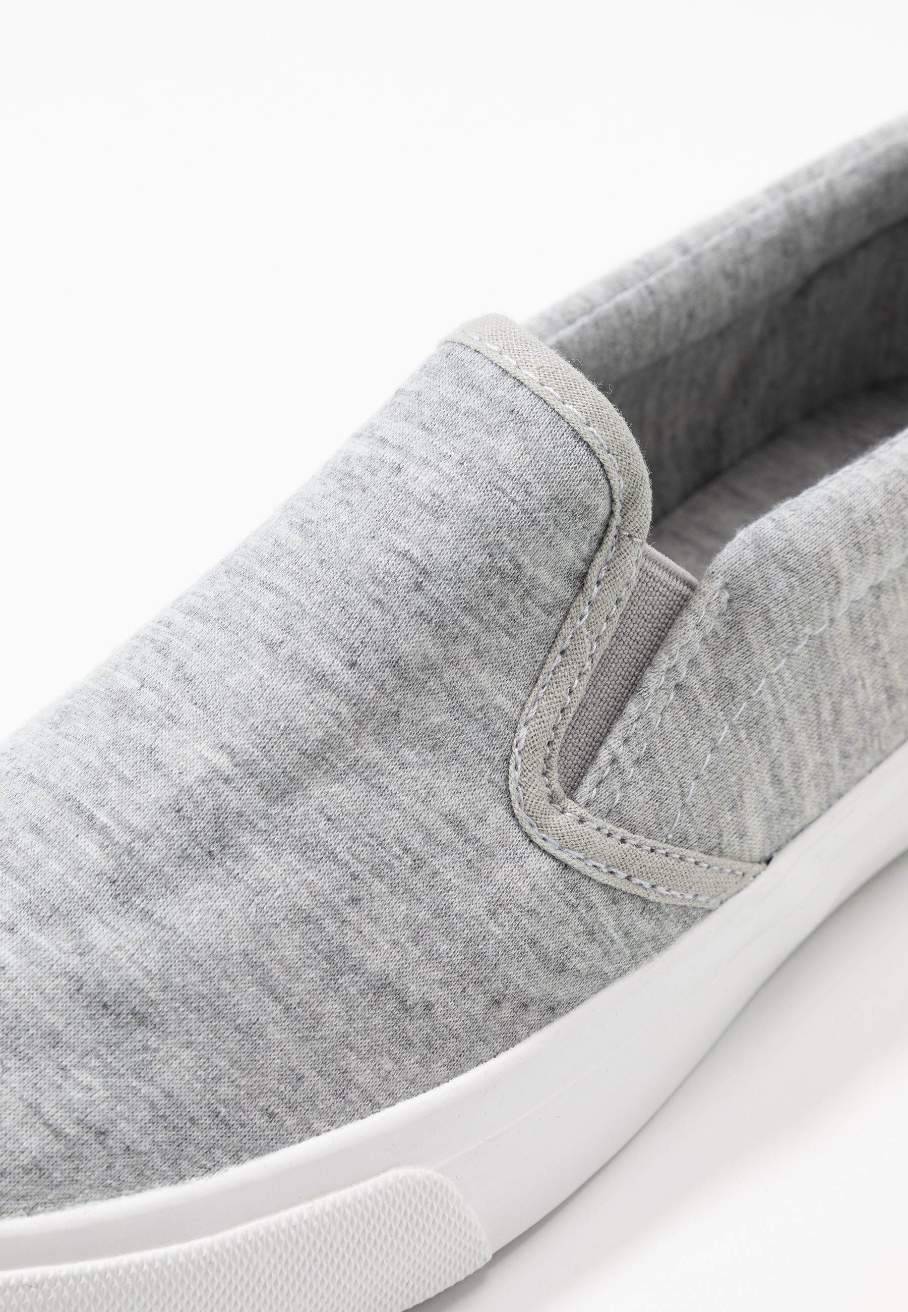 WIDE FIT PIA Slip ins grey