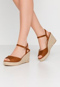Simply Be - WIDE FIT DREE - High heeled sandals - tan - 0