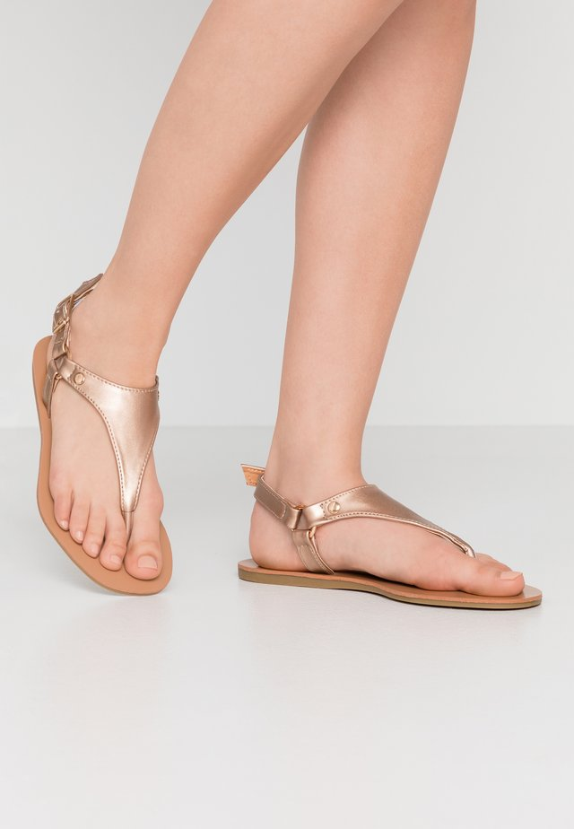 WIDE FIT TAMPA - T-bar sandals - rose gold