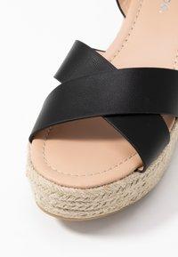 Simply Be - WIDE FIT TUSCANY - Sandalen met hoge hak - black - 2