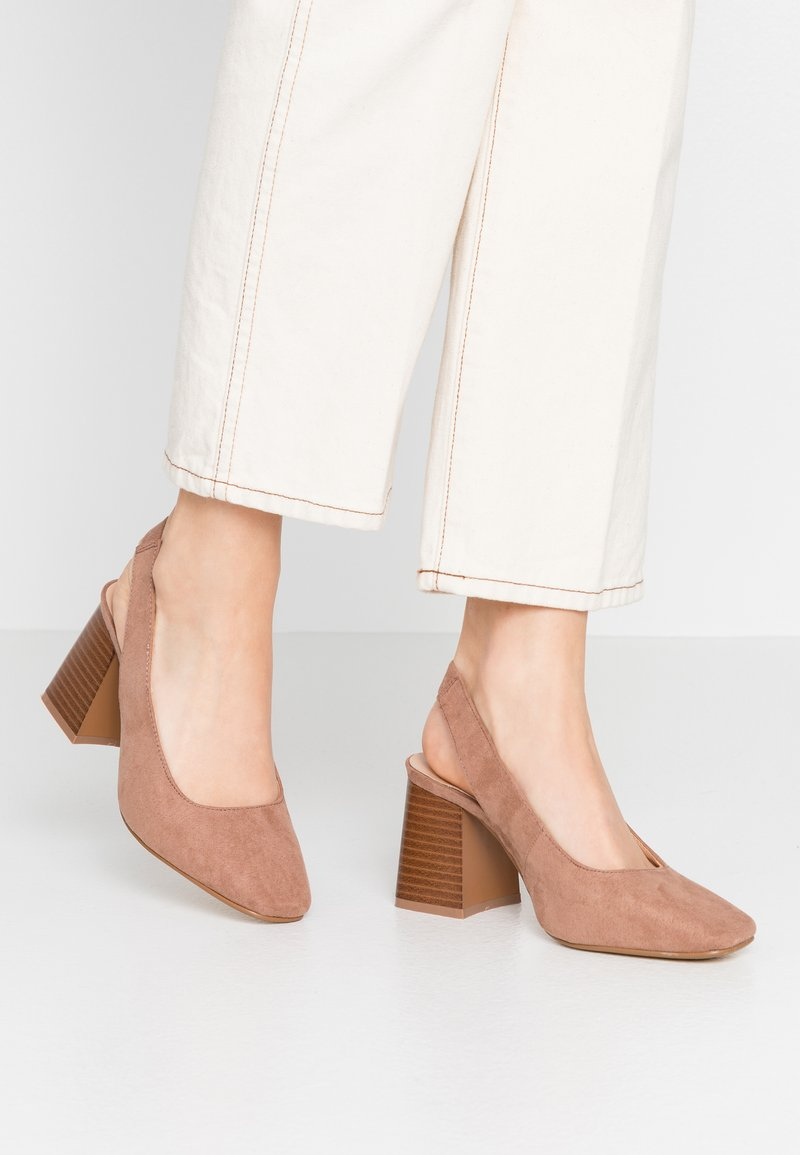 Simply Be - WIDE FIT LEXIS BLOCK HEEL SQUARE TOE SLINGBACK - Classic heels - taupe