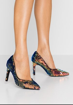 WIDE FIT ZANA DRESSY COURT SHOE - Hoge hakken - multicolor