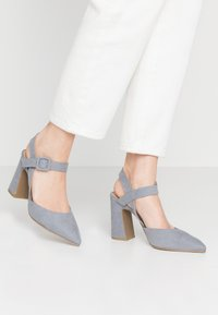 Simply Be - WIDE FIT AURELIAN - Escarpins à talons hauts - dusky blue - 0
