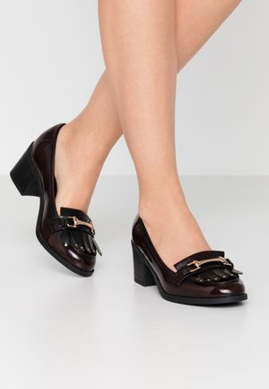 WIDE FIT ARNA - Tacones - burgundy