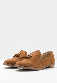 Simply Be - WIDE FIT JESSICA - Loaferit/pistokkaat - tan - 4