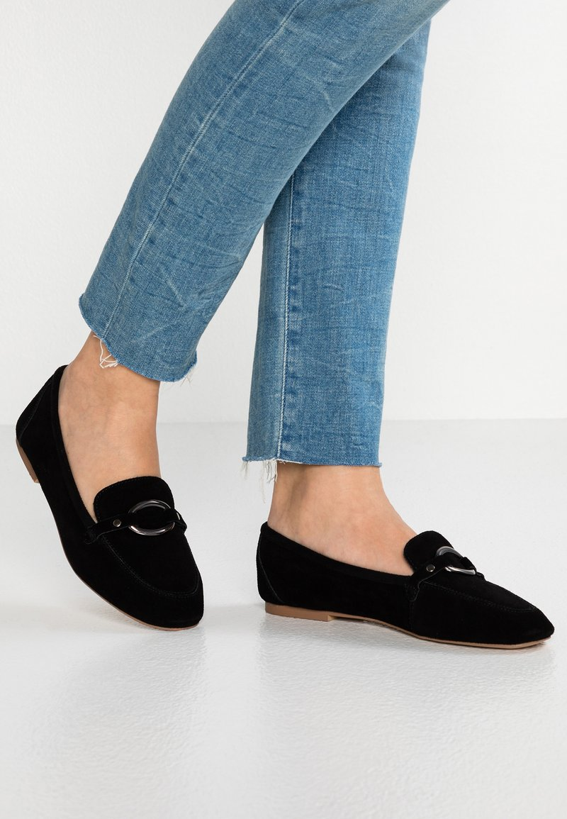 Simply Be - WIDE FIT CASSANDRA SNAFFLE LOAFER - Slipper - black
