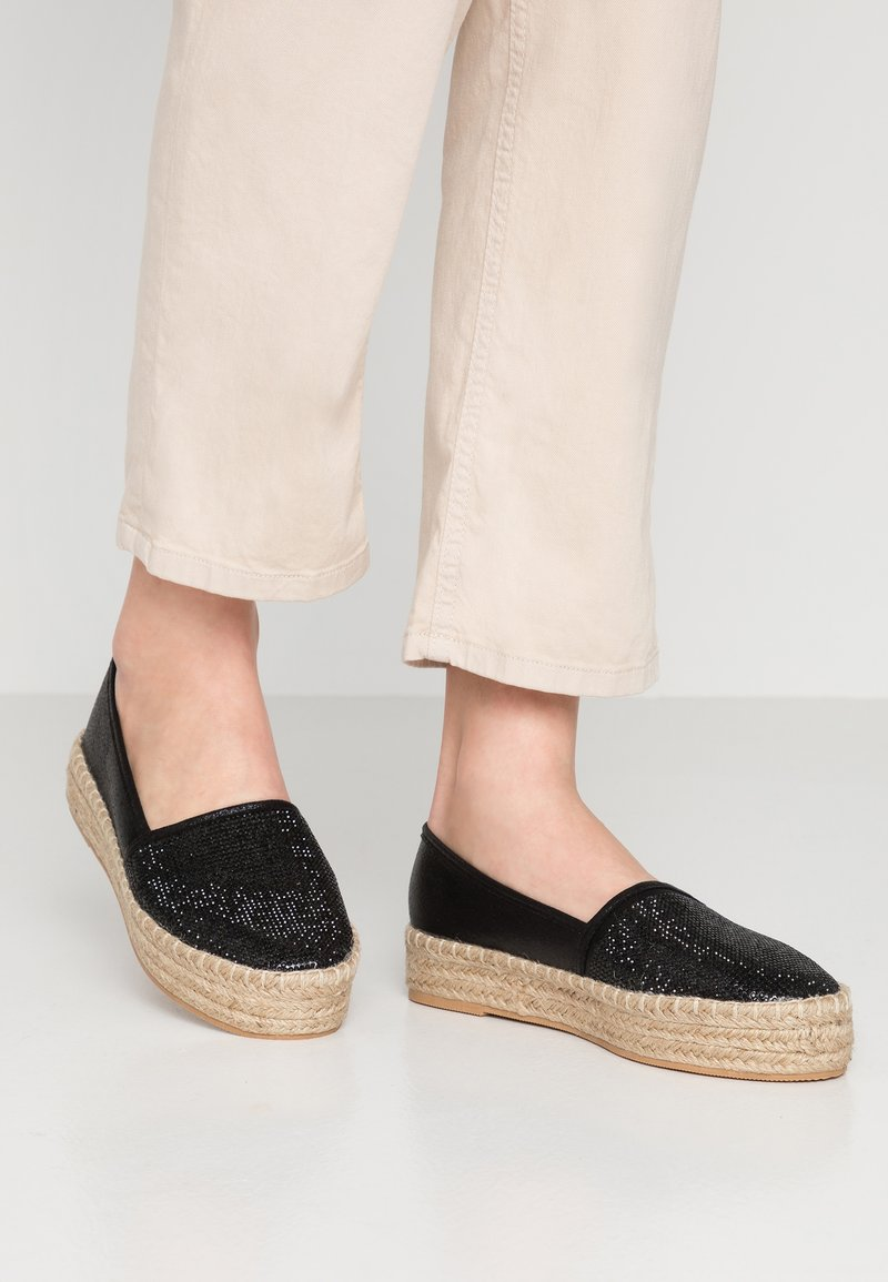Simply Be - WIDE FIT TOECAP - Espadrilles - black