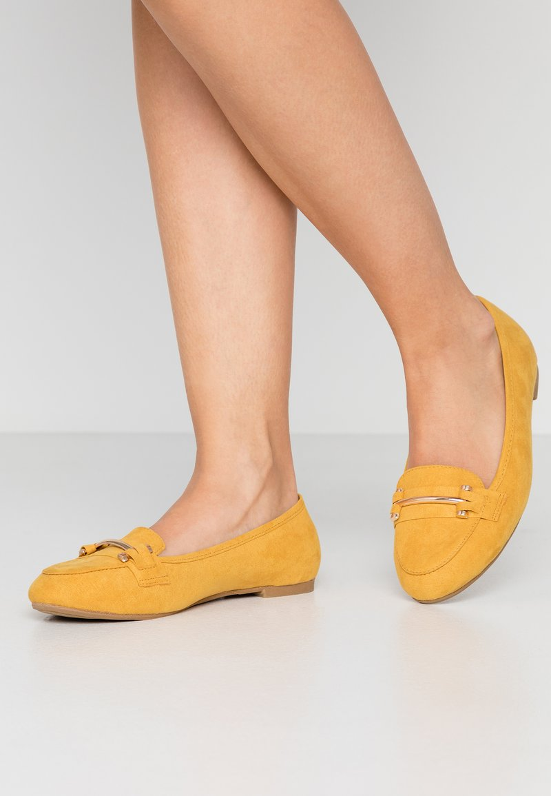 Simply Be - WIDE FIT TYCHE - Scarpe senza lacci - yellow