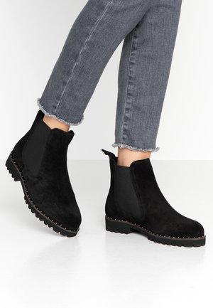 WIDE FIT CHELSEA BOOT - Kotníkové boty - black