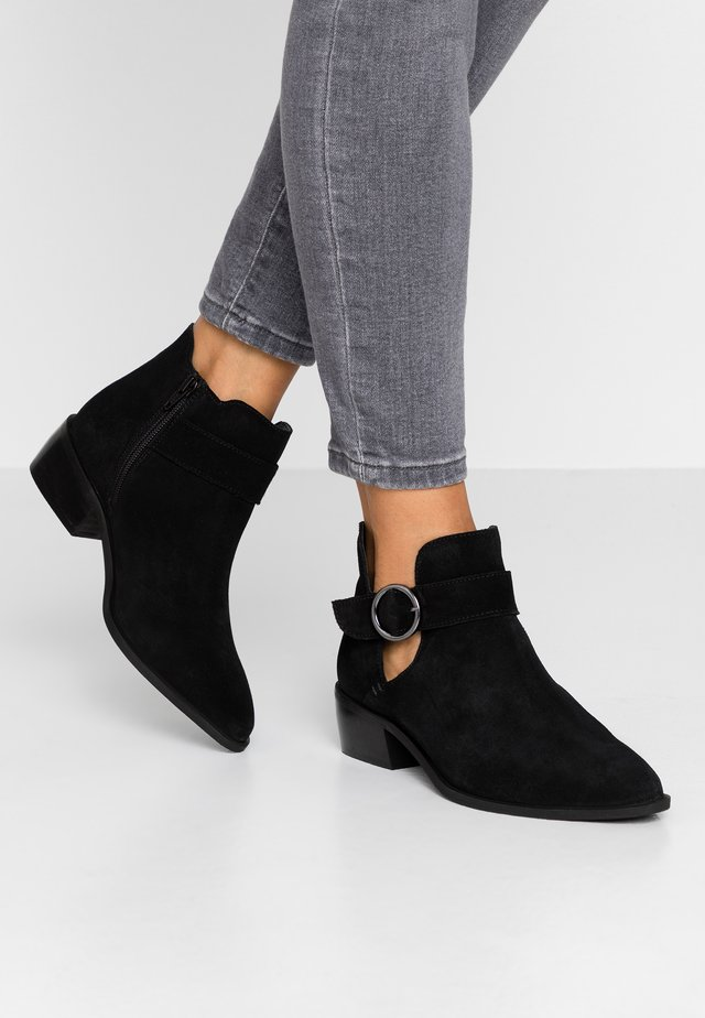 WIDE FIT BUCKLE DETAIL  - Ankle boots - black
